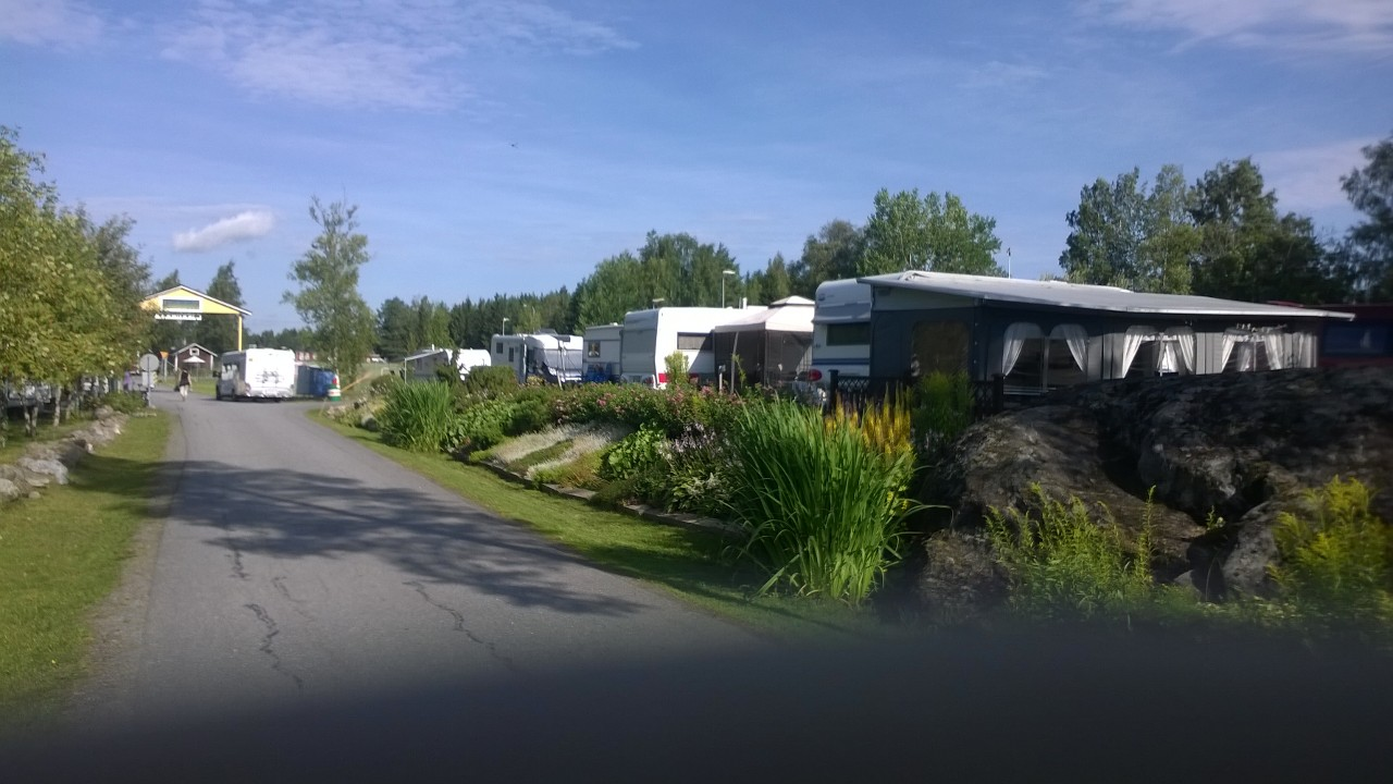The row of caravans in Lukkuhaka